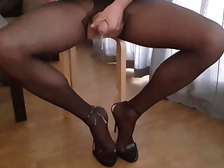 handjob (gay) cum on underclothes crossdresser (gay)