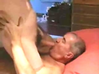 big cock (gay) Handsome Brittish daddy sucking younger sponger amateur (gay)